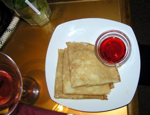 Блинчики с клубничный сиропом, Кальянная Хоттабыч