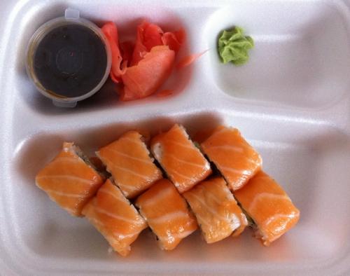 Ролл Филадельфия, суши-бар Рис